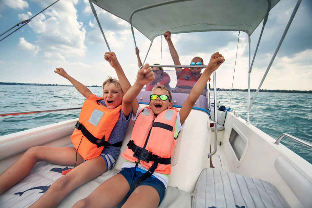 Boating Safety Tips - Wallen Swim School in Roseville and El Dorado Hills, California